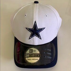 NFL Activewear Dallas Cowboys NWT Sm/Med